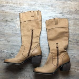 Naturalizer tan heeled leather riding boots